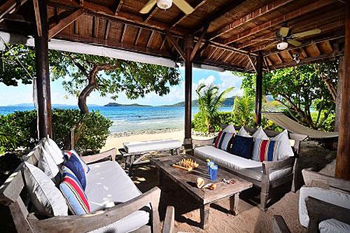 Surfsong Villa Resort Lobby